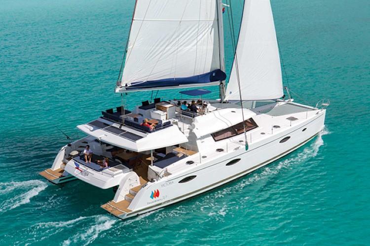 web-charter-yacht-company
